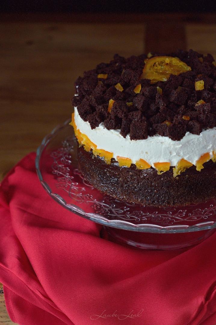 Tarta de chocolate y mousse de naranja