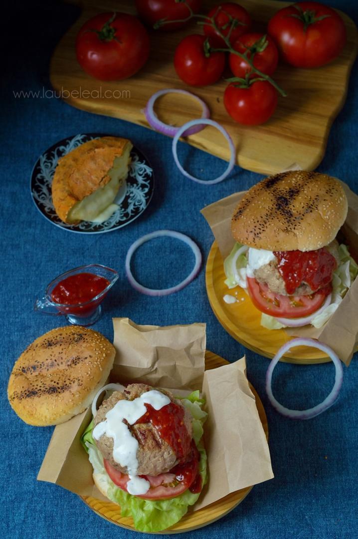 "Hamburguesa ""guindilla"" con salsa picante de fresas"